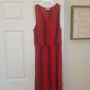 EUC RED AND BLACK SZ M MAXI DRESS TIE WAIST